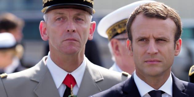 A Istres, Macron réaffirme que le budget de l'armée sera le seul à augmenter en 2018