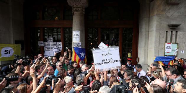 Manifestantes frente a la consellería de Economía el pasado 20 de septiembre por la detención de  Josep Maria Jove.