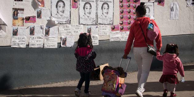 Madres, familiares y representante de colectivos en apoyo a familias de victimas de feminicidio demandan atención y seguimiento en sus casos.
