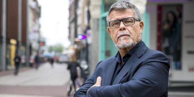 Emile Ratelband, Néerlandais de 69 ans, voudrait avoir 20 ans de moins sur son passeport.