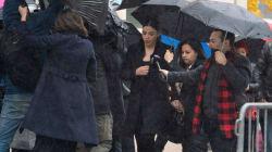 En look Kardashian, Emma Coronel llega al juicio de su esposo, el