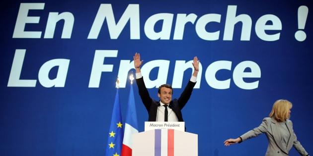 Emmanuel Macron le soir du 23 avril 2017, lors de sa déclaration faisant suite à l'annonce des résultats du 1er tour.