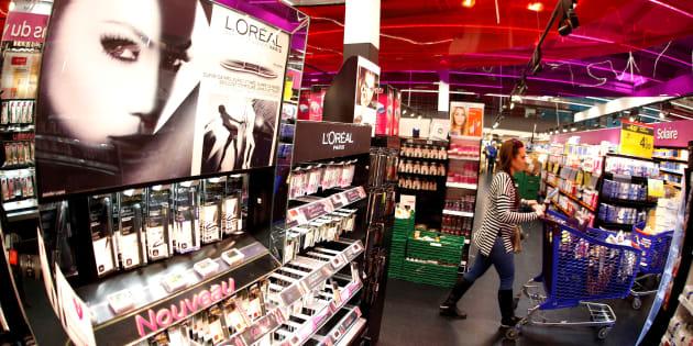 De nombreuses anomalies détectées lors d'un test sur 8000 cosmétiques vendus en France (image d'illustration)