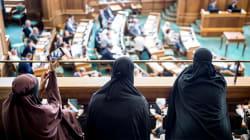 Le Danemark légifère pour interdire le voile intégral en