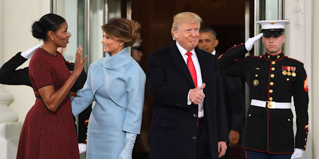Un año después Michelle Obama revela qué le regaló Melania Trump