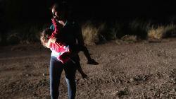 Il pianto dei bimbi separati al confine vi farà capire il dramma che si sta consumando negli