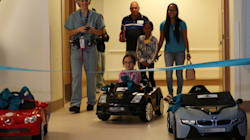 Dans cet hôpital français, les enfants se rendent au bloc opératoire en voiture