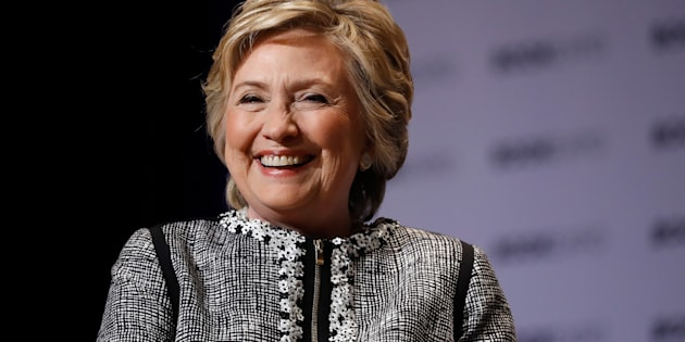 Hillary Rodham Clinton descend de Nicolas Godé et de Françoise Gadois, la première famille montréalaise, les Louis Hébert et Marie Rollet de Ville-Marie.