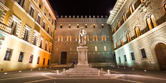 The Monte dei Paschi bank headquarters at night.