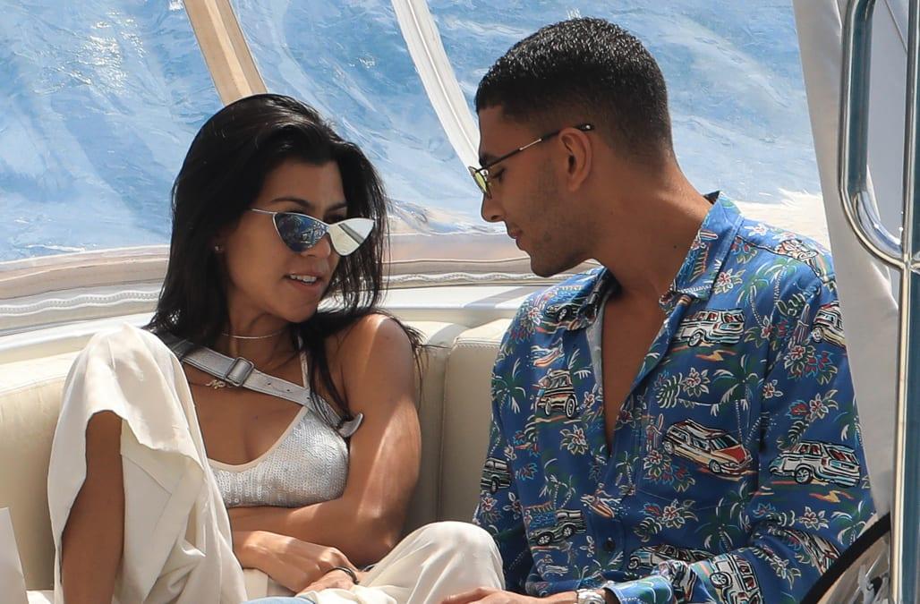 344b2a6a4f Celeb Spotter 018: Kourtney Kardashian and Kendall Jenner heat up Cannes