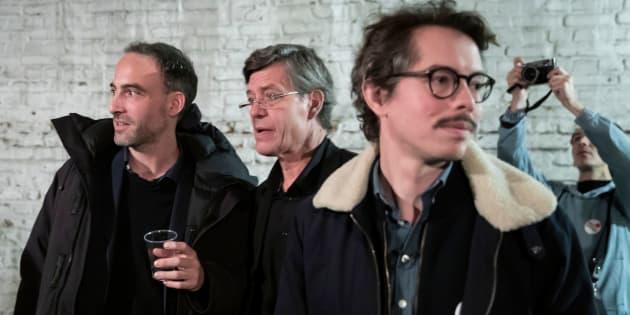 L'économiste Thomas Porcher, ici avec Raphaël Glucksmann (à gauche) le 15 novembre à Montreuil, annonce ce 17 mars qu'il quitte Place publique.