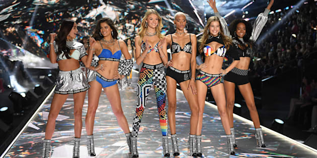 Pas de mannequins grande taille, ni transgenres — Défilé Victoria's Secret