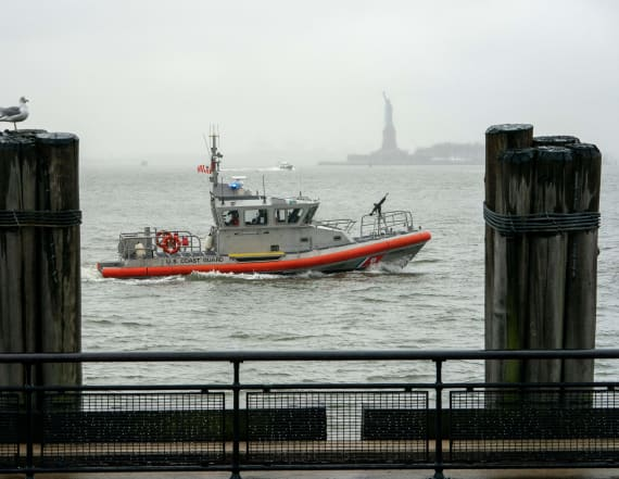 42,000 Coast Guard members miss first paycheck