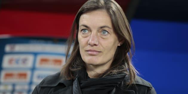 Corinne Diacre avant un match entre Caen et son équipe de Clermont, en octobre 2014.