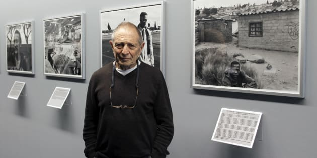 David Goldblatt poses on January 11 2011 at the Henri Cartier-Bresson Foundation in Paris, on the eve of the start of his exhibition 'TJ 1948-2010'.