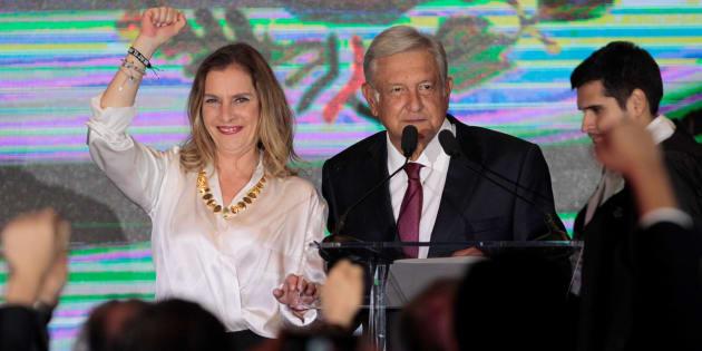 Desde que se confirmo su triunfo en las elecciones del 1 de julio, Andrés Manuel López Obrador dio a conocer que el Estado Mayor Presidencial desaparecería y con ello, la protección a la que estaban acostumbrados los presidentes.