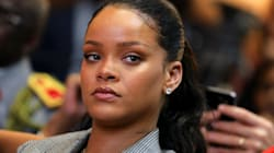 Snapchat Shares Sink After Rihanna Urges Users To Delete