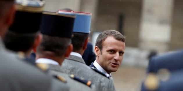 La veille du 14-Juillet, comment Emmanuel Macron s'est mis les militaires à dos
