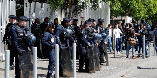 Universités: en s'attaquant aux partiels, la mobilisation des étudiants bloqueurs franchit un nouveau cap