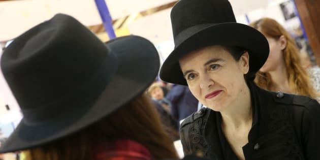 L'écrivain belge Amélie Nothomb le 5 novembre 2016 lors d'un salon du livre à Brive-la-Gaillarde.