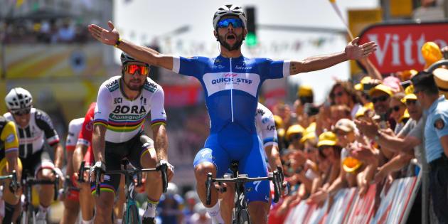 Tour de France 2018: Fernando Gaviria, le coureur colombien, remporte au sprint la première étape