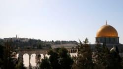 Attentato a Gerusalemme, due agenti uccisi. Neutralizzati gli assalitori. Arrestato il Gran