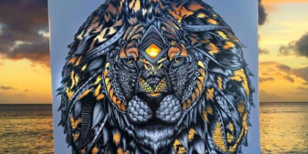Cette artiste colore ses oeuvres grâce aux couleurs de la nature