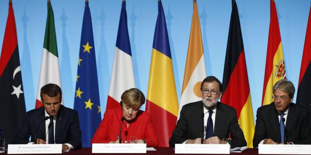 El presidente del Gobierno, Mariano Rajoy, junto a la canciller alemana, Angela Merkel, el presidente de Francia, Emmanuel Macrom, y el de Italia, Paolo Gentiloni, reunidos esta tarde en París.