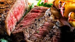 Cortar carne vermelha reduz risco de ataque cardíaco já no 1º