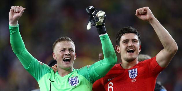 Ingleses comemoram vitória sobre a Colômbia nos pênaltis e a última vaga no grupo das 8 melhores seleções do mundo.