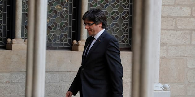 Catalogne: Carles Puigdemont et quatre de ses conseillers se rendent à la justice belge