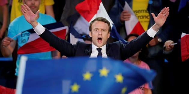 """Peut-on vraiment être """"trop jeune"""" pour être un bon leader? Ce qu'en disent les experts (Photo: Emmanuel Macron, le 4 mai 2017)."""