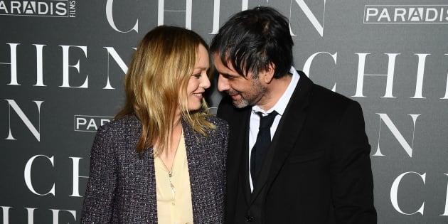 Vanessa Paradis et Samuel Benchetrit complices à la première du film grâce auquel leur couple s'est formé.