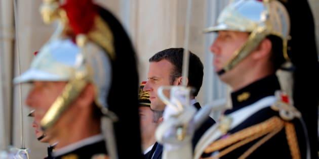 Congrès, 14 juillet, photo officielle... Macron peaufine les derniers détails de sa prise de fonction.
