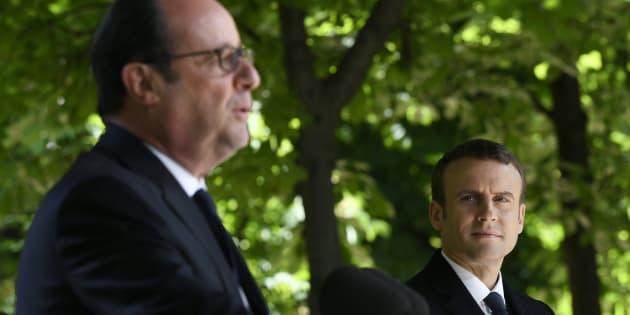 François Hollande et Emmanuel Macron lors de la cérémonie de commémoration de l'abolition de l'esclavage.