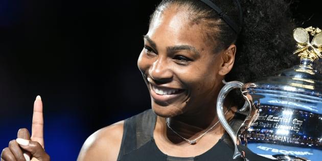 Serena Williams anuncia gravidez.