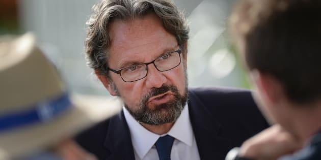 """""""Laurent Wauquiez, tu t'es excusé auprès des puissants, maintenant excuse-toi auprès des Français"""""""