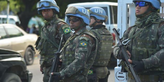 Militares brasileiros são membros da Missão de Estabilização da ONU no Haiti.