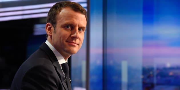 Emmanuel Macron sur le plateau du JT de TF1.