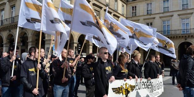 """Des membres du groupuscule d'ultra-droite """"Les Jeunesses nationalistes"""", lors d'une manifestation à Paris en 2013 à l'appel de l'Action française."""