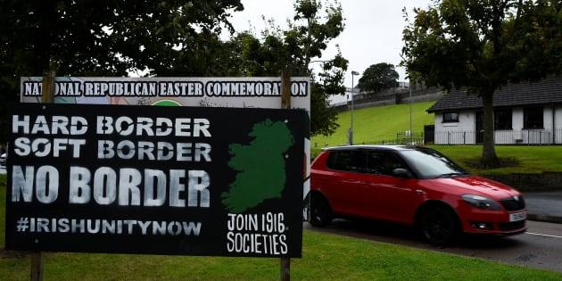 La Brexit inciampa su un confine. Tra le due Irlande rischia