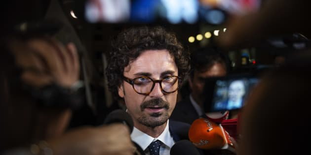 ROME, ITALY - SEPTEMBER 27: Minister of Infrastructures and transports, Danilo Toninelli speaks to the media after the presentation of the budget targets during the council of ministers at Palazzo Chigi on September 27, 2018 in Rome, Italy. Italian coalition government agreed on a deficit at 2,4 percent to finance their electoral commitments. (Photo by Antonio Masiello/Getty Images)
