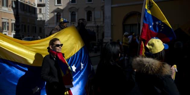 Manifestazione a favore di Guaido' a Roma