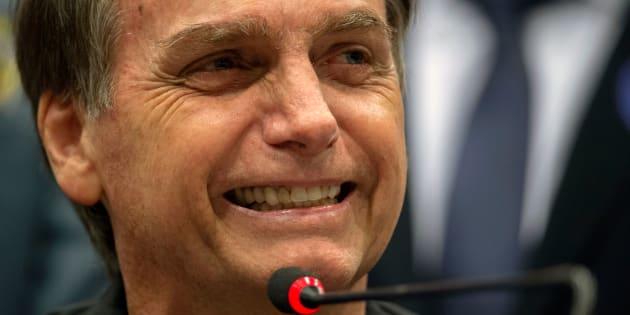 """""""Existe a possibilidade, sim, estratégica [de não ir aos debates]"""", disse Jair Bolsonaro."""