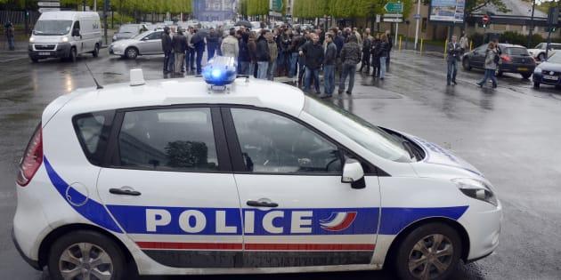 Les policiers pourraient bientôt avoir le même régime d'utilisation des armes à feu que les gendarmes.