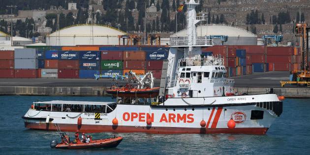 El barco de Proactiva, en el puerto de Barcelona, en una imagen de archivo.