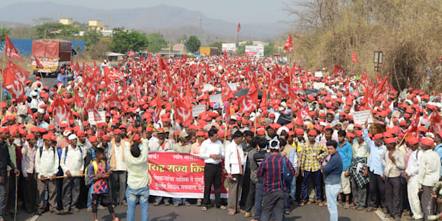 More than 25,000 farmers led-by All Indian Kisan Sabha (AIKS) continued their march from Nashik to Mumbai, protesting against Maharashtra government's anti-government policies, on March 9, 2018 in Mumbai, India.