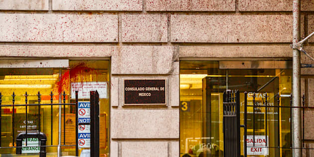 La Cancillería condena actos racistas registrados en el consulado mexicano en Nueva York.