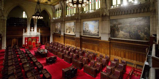 Le Sénat doit approuver le projet de loi avant qu'il puisse être sanctionné et entrer en vigueur.