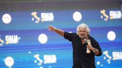 Beppe Grillo al Fatto contro la piazza Sì Tav: